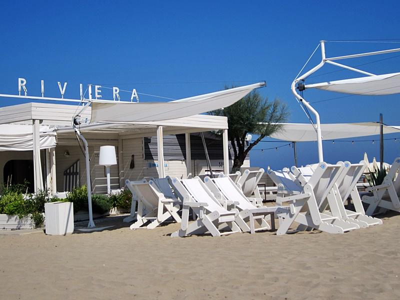 misano adriatico beach