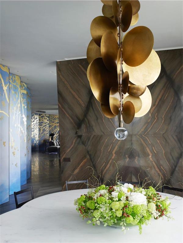 lampara de comedor con discos dorados chicanddeco