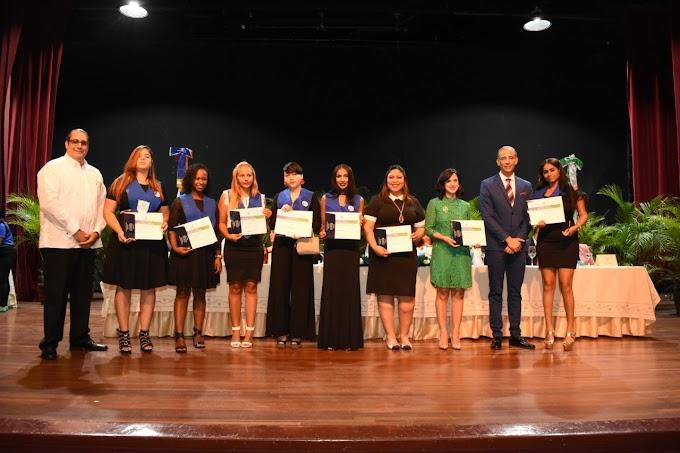 CENAPEC inviste más de mil 350 bachilleres en su 47 graduación