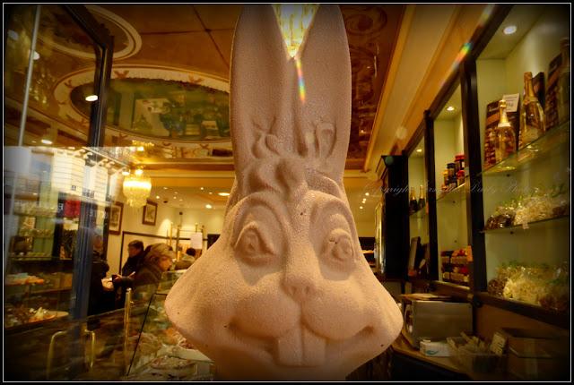 Lapin de Pâques Guinon Versailles Easter bunny