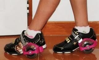 Sepatu Roda Anak Flashing Roller