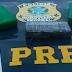 PRF prende detenta com três quilos de cocaína e crack em ônibus de linha