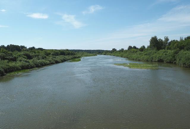 Река Иня (вид с моста возле о.п. Льниха)