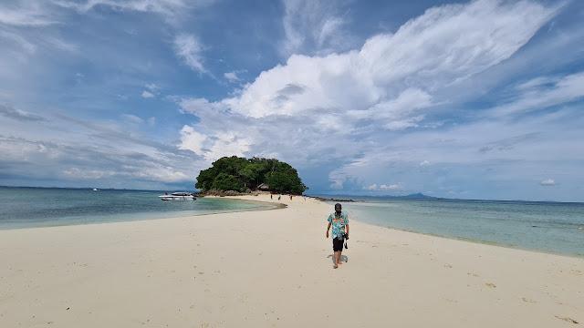 ทะเลแหวก Unseen Thailand