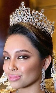 aquamarine tiara pahang malaysia queen tengku ampuan azizah princess amida afsha shasha