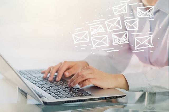 emails blogger