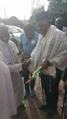 Photos: IPOB leader, Nnamdi Kanu, pays a visit to some clergymen in Anambra