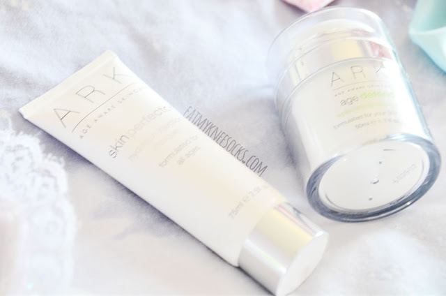 Skincare review of the skinperfector Hydration Injection Masque and agedefend Replenishing Moisurizer from ARK Skincare.