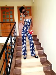 How To Wear A Polka Dot Jumpsuit Outfit Casually
