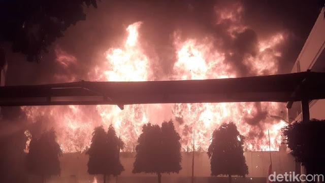 Gedung Kejaksaan Agung Terbakar, Mahfud Sebut Dokumen Kasus-Tahanan Aman