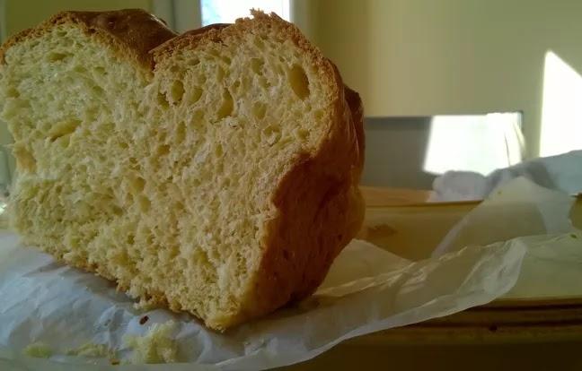 خبز بريوش مضفر