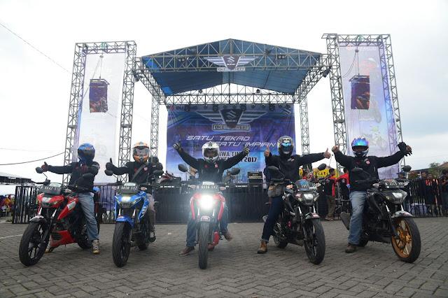 Tour Suzuki GSX-S150 di Pantai Selatan Malang