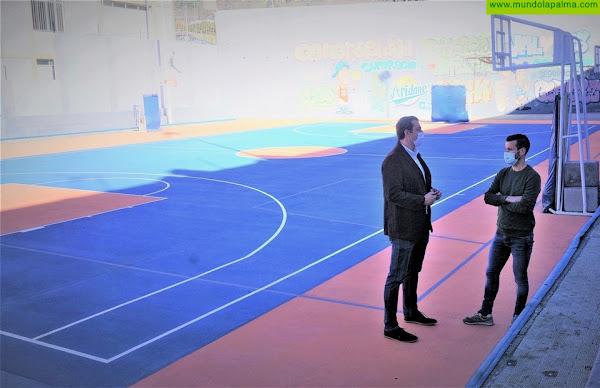 Los Llanos sacará a licitación la redacción del proyecto del techado de las canchas anexas al Polideportivo Camilo León