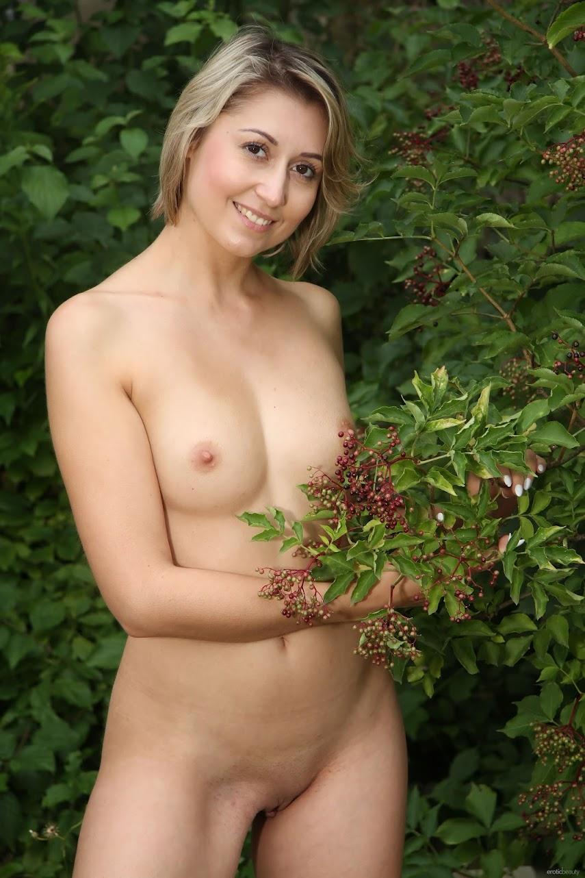 [EroticBeauty] Meggie Marika - Softness
