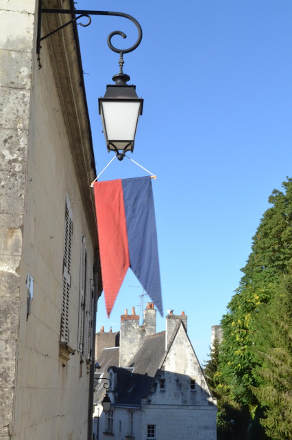 loches, thelibrariancic, the librarian chic, blog, blog mode, paris
