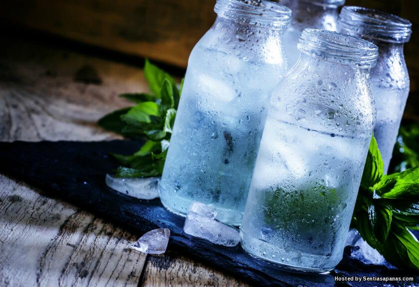 Apa Itu Isotonik, Minuman Untuk Menggantikan Air Dalam Tubuh Ketika Cuaca Panas