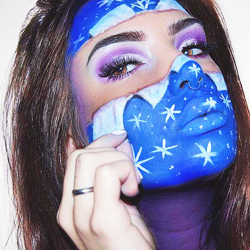 Maquillaje artístico invernal en tonos azules