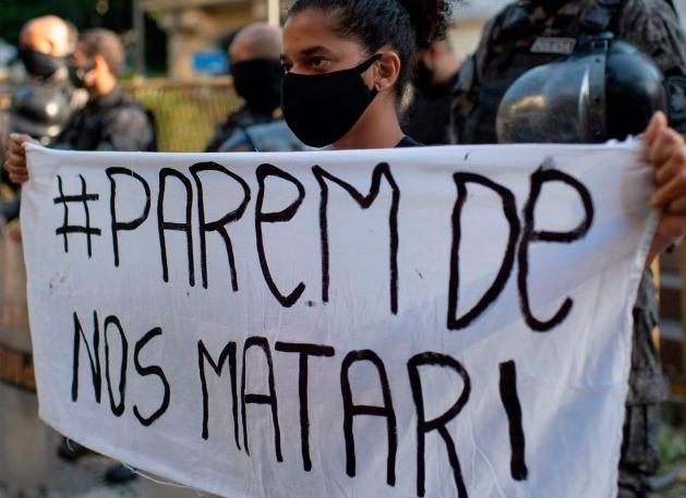 Mortes em operações policiais aumentam no Brasil