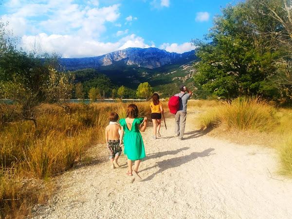 Sortie en Famille : Le lac de Sainte Croix // Provence