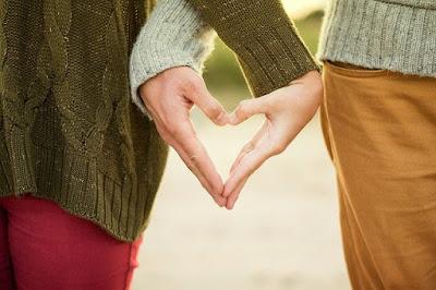 ungkapan perasaan cinta kepada seseorang
