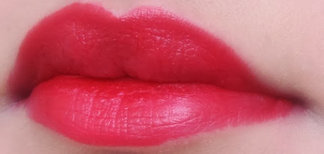 matte red lipstick colorbar hearts and tarts review