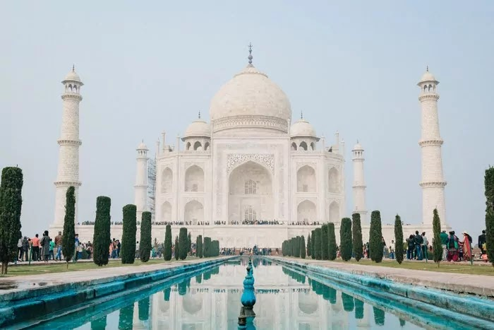 Taj Mahal Tourism - Best Places, Ticket Prices, Timing, History