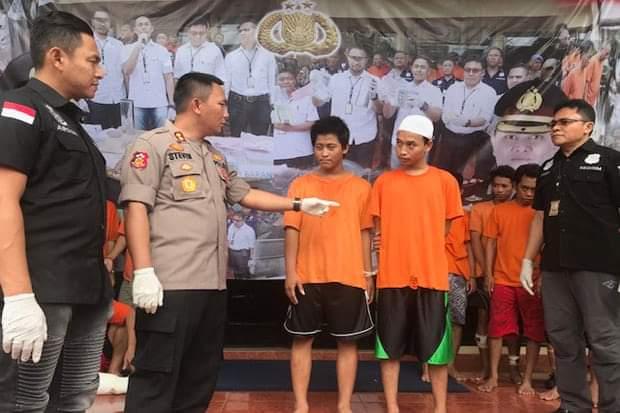 "Bermodalkan Clurit ""Lima Oknum Pelajar Nekat Merampok di Tambora"