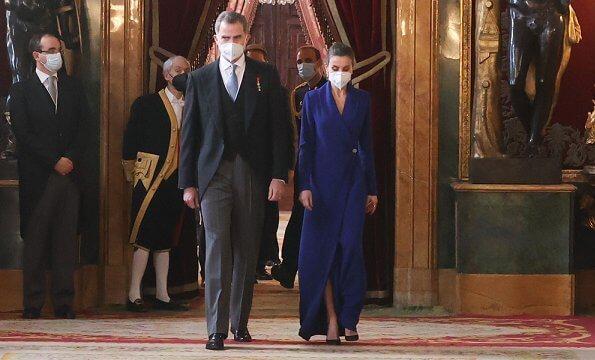 Queen Letizia wore a new navy long dress by Alejandro De Miguel