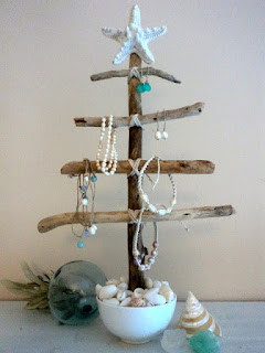 Create creative DIY Christmas tree jewelry displays from Nile Corp.
