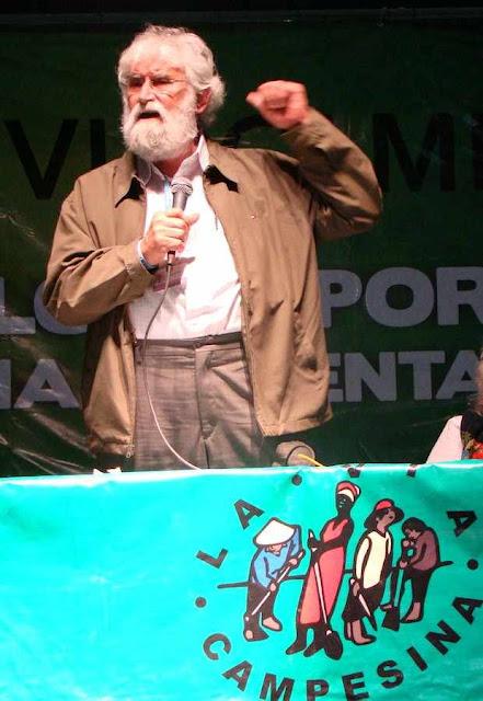 """O ex-frei Leonardo Boff, da Teologia da Libertação dos """"pobres"""" oprimidos  migrou para a Teologia da Libertação da Terra 'oprimida' pelo homem!"""