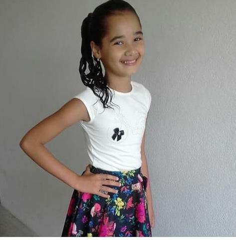 Menina de 10 anos desaparece de Escola nesta Quinta (28) em Flores; familiares pedem ajuda a População para encontrar a Garota.