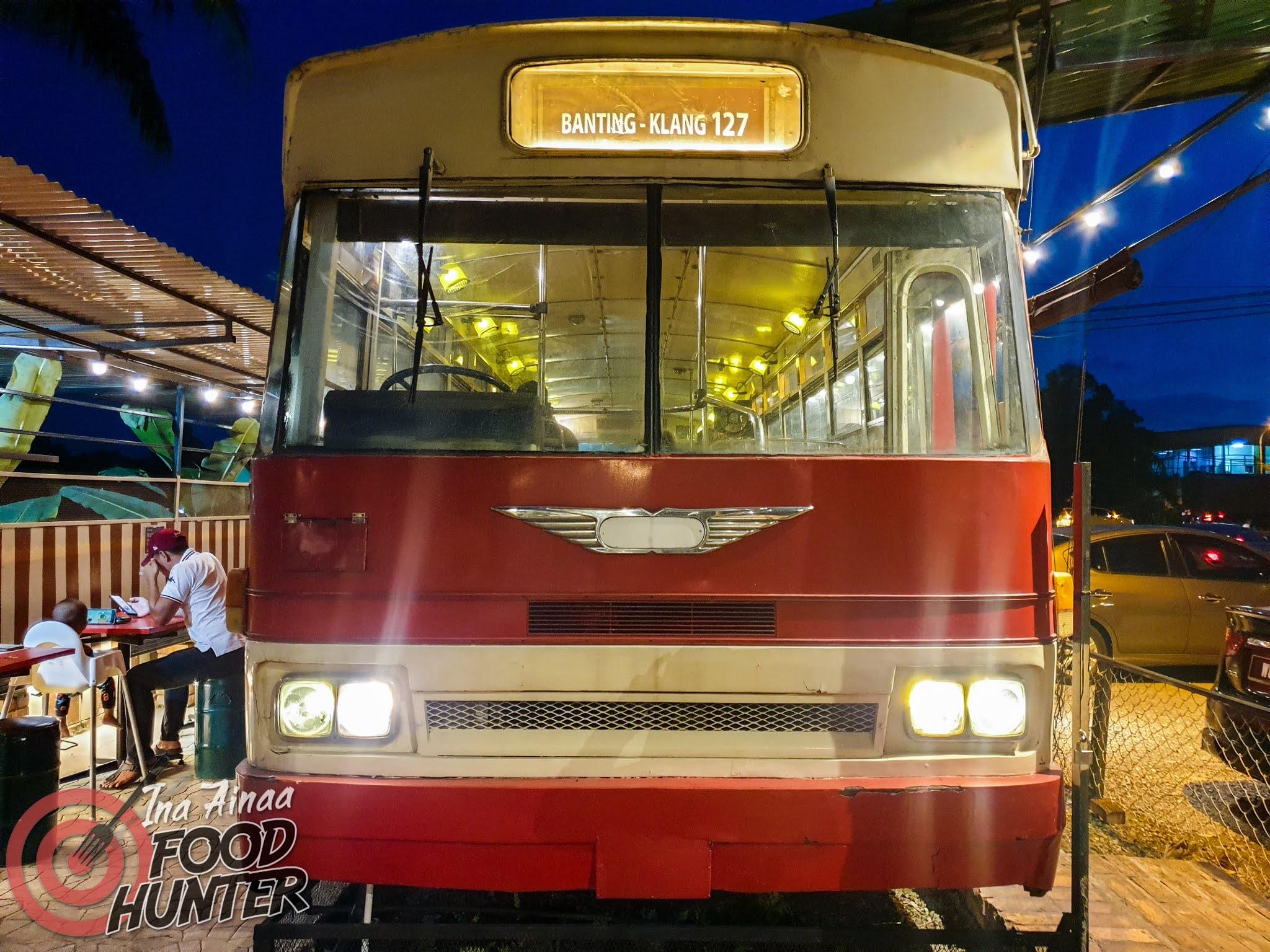 NIGHT BUS 127 - Hak Milik Ina Ainaa
