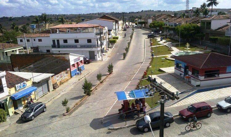 ARAÇAGI: Idosos têm casa invadida, são baleados e assaltados em R$ 600