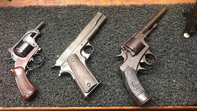 Armas Novas e Antigas