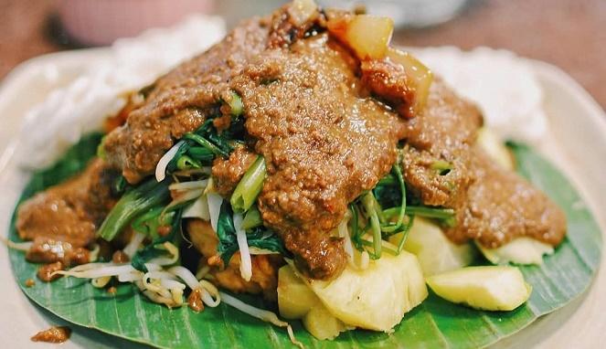 Rujak Cingur Makanan Khas Jawa Timur