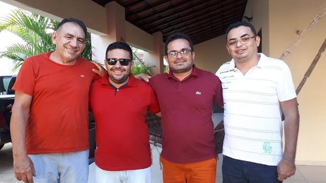 Em Quixeré, Pitiúba esteve reunido com vereadores de oposição