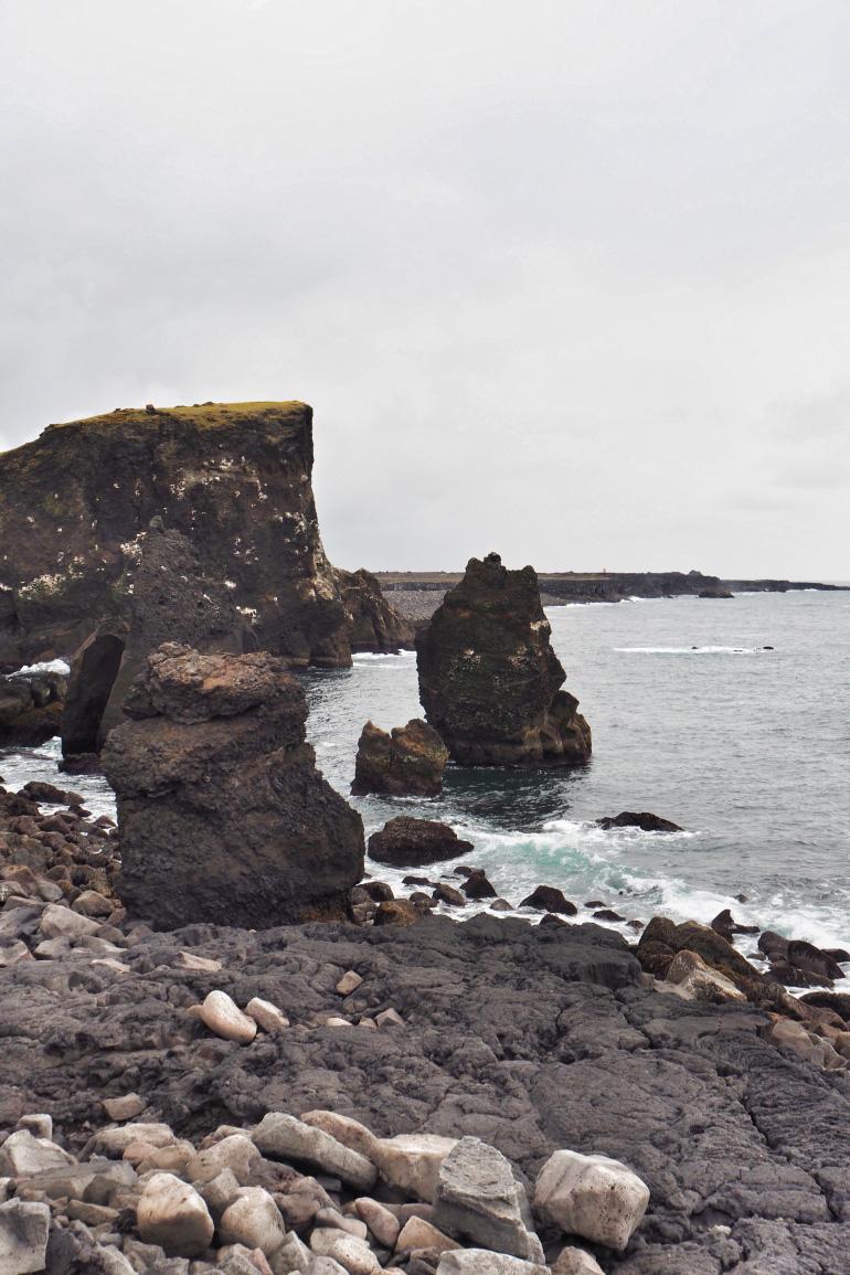 Voyage en Islande - falaises et paysages volcaniques