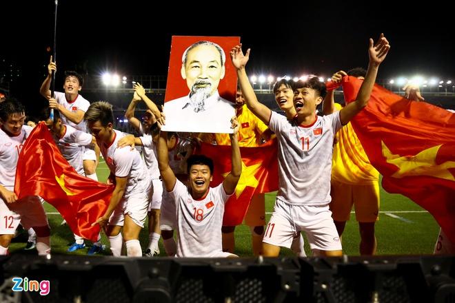 Tuyển Việt Nam và U23 phải chơi bao nhiêu trận trong năm 2021?