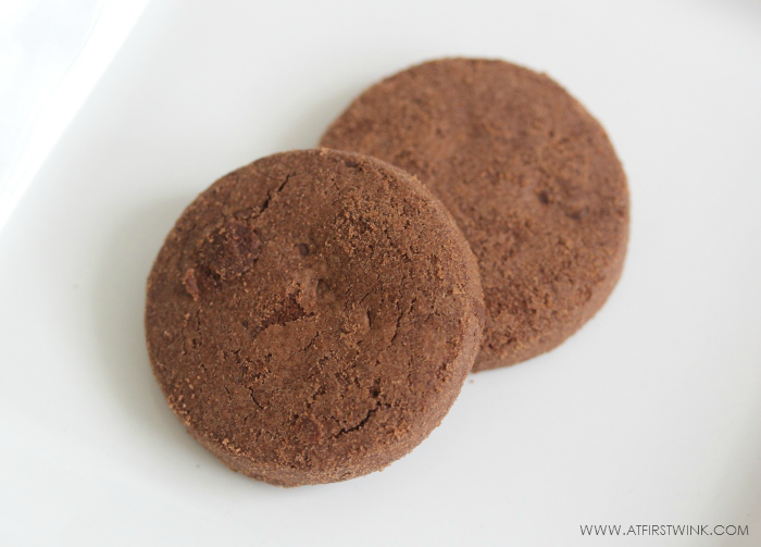 Alce Nero organic chocolate chip chocolate cookies