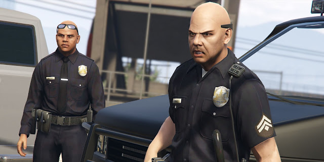 How to be a cop in GTA 5 The clothes and the car make the police officer