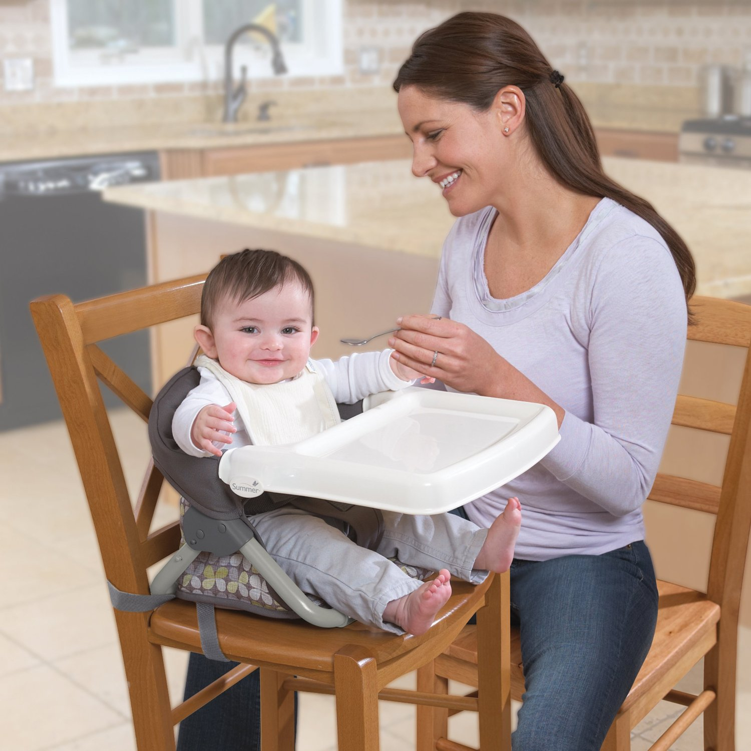 Baby High Chair that Attaches to Table A Neat Idea