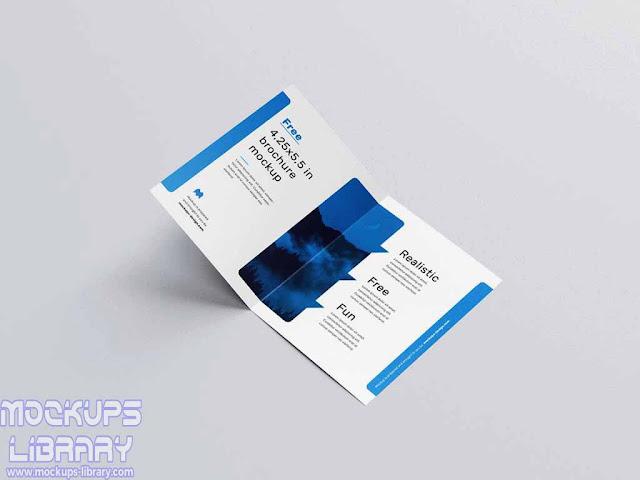 bi fold page brochure mockup