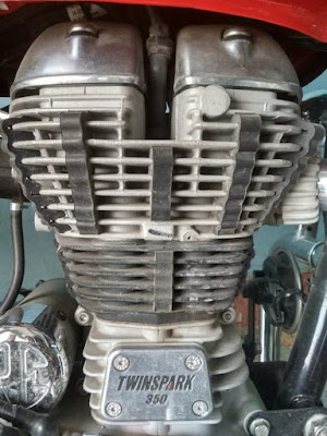 Vertical engine of royal Enfield vertical Vs horizontal engines