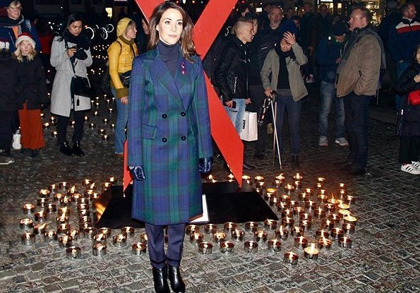 Princess Marie wore Baum und Pferdgarten Damara coat in navy, she attended a memorial ceremony held for 2018 World AIDS Day