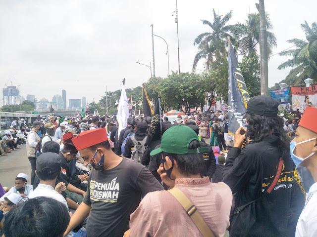 Aksi Tolak Omnibus Law hingga Cabut RUU HIP, DPR Dikepung Mahasiswa, Buruh dan PA 212