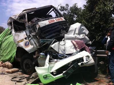 Kronologi Kecelakaan Maut Di Subah Batang Tewaskan 4 Orang