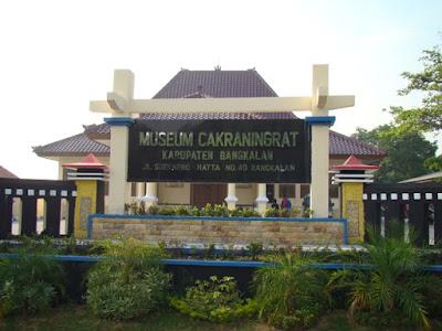 akcayatour, Travel Malang Bangkalan, Travel Bangkalan Malang