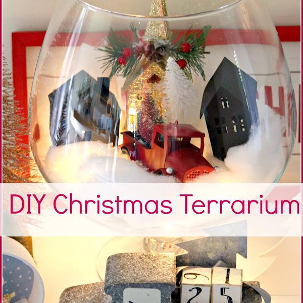Christmas Décor: DIY Christmas Terrarium