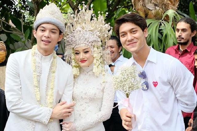 Rizky Billar Hadir dalam Acara Pernikahan Rey Mbayang dan Dinda Hauw