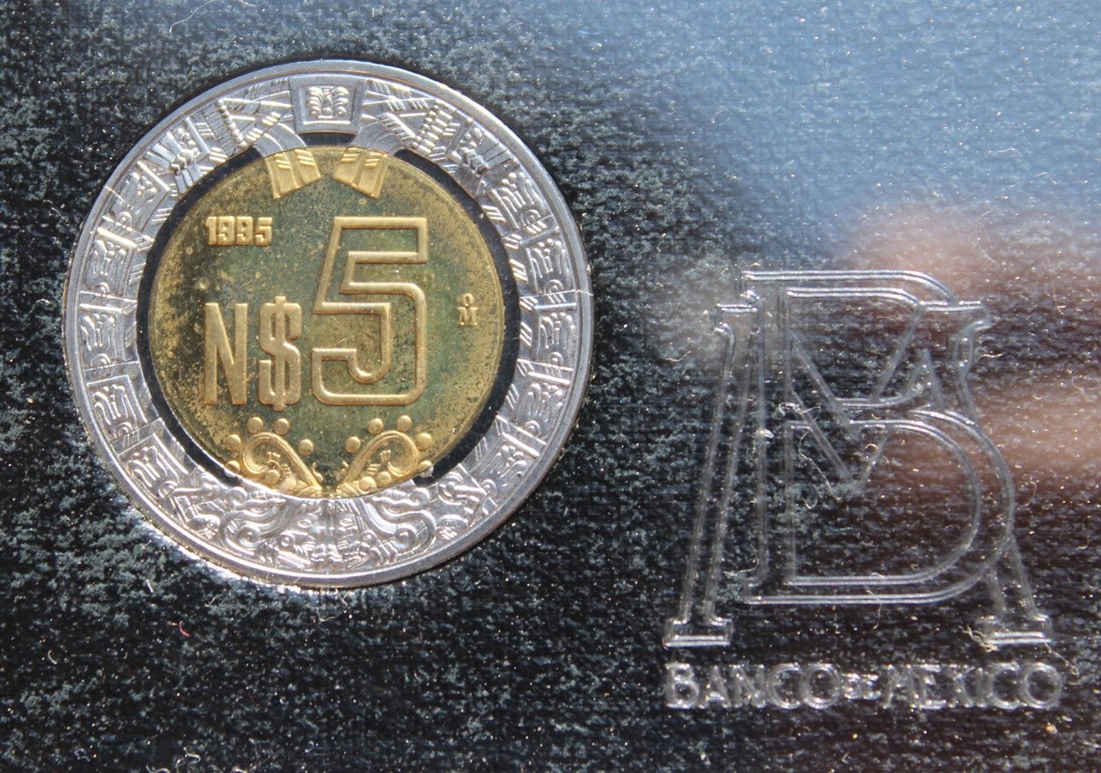 """692a9e743204 ... un nuevo cono monetario con piezas de 5, 10, 20 y 50 centavos así como  de 1, 2, 5, 10, 20, y 50 nuevos pesos, las cuales llevan escrito el prefijo  """"N$"""" ..."""